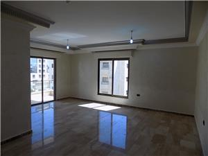 Unfurnished 3 Br /3 floor with balckony dier ghabar