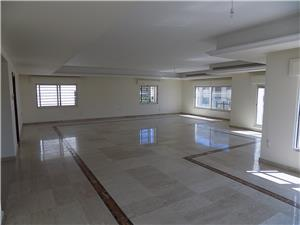 Unfurnished 4 BR/second floor in the Dier Ghabar