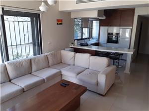 Furnished G.F. 2BR with terrace in Jabal Amman